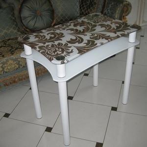 jurnalnie-stoli