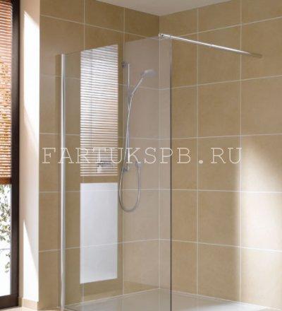 глухая стеклянная шторка в ванну