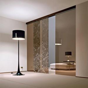 Раздвижные двери из стекла бронза