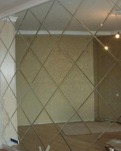 Мозаика из зеркальных панелей