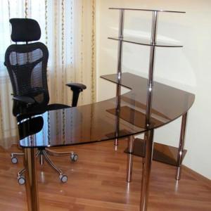 Компьютерный стол из бронзового стекла